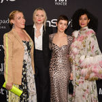 Busy philipps laura brown karla welch tracee ellis ross